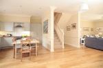 Garden Cottage - spacious open plan layout