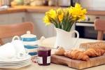 Garden Cottage - well equipped kitchen
